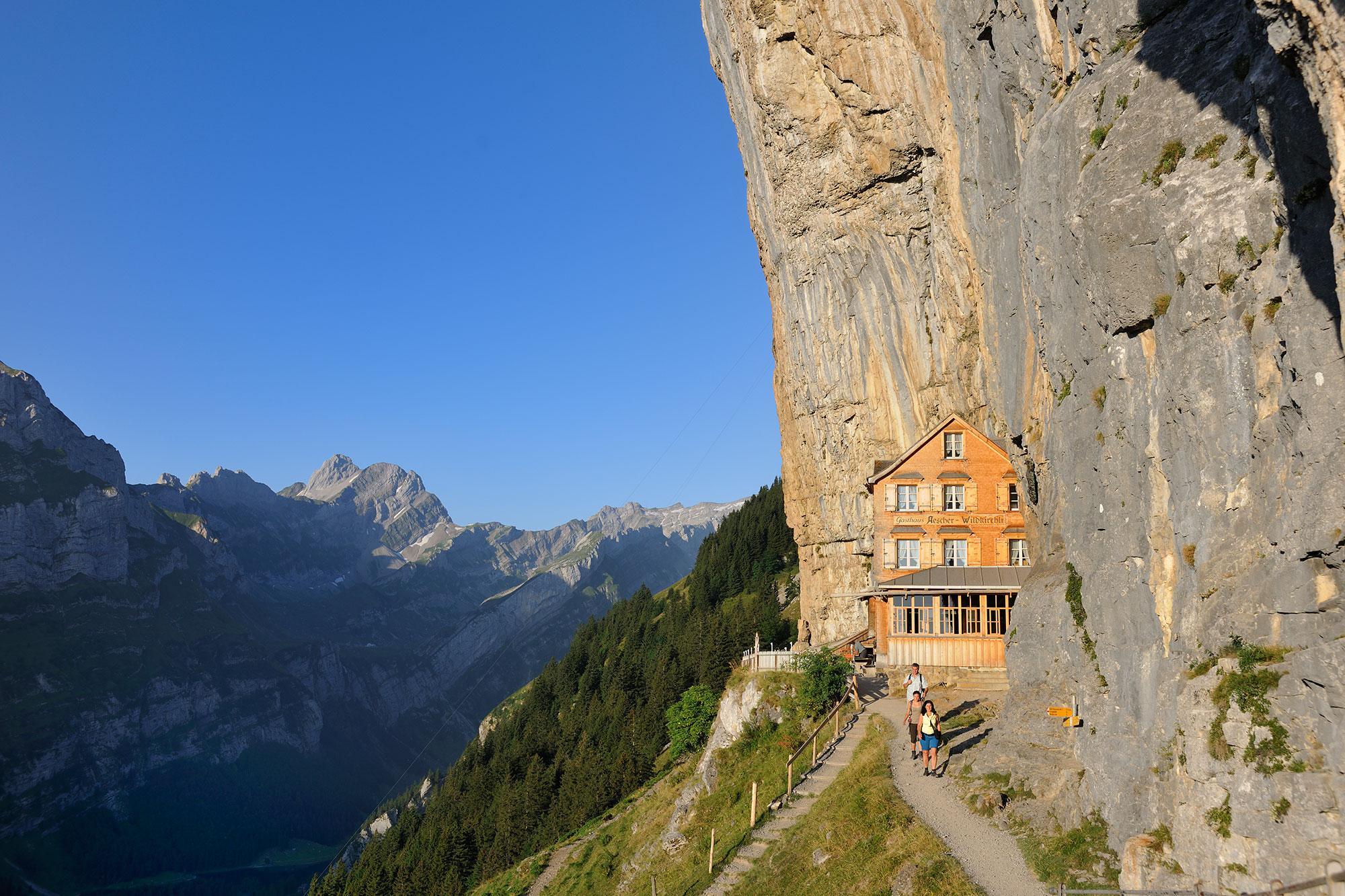 Berggasthaus Aescher Wildkirchli: Appenzellerland Tourismus